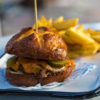 escado-burger-pretzel-marmaris.jpg