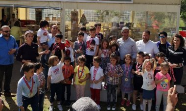 23 Nisan Ulusal Egemenlik ve Çocuk Bayramı kutlamaları kapsamında düzenlenen ve bu yıl 15 incisi yapılan Geleneksel Satranç Turnuvası sona erdi.