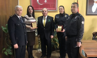 Başarılı kadın polisler ödüllendirildi