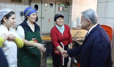 Başkan Acar Kadınlar Gününü kutladı