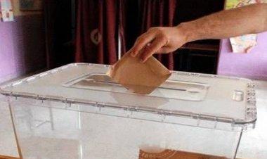 Marmaris'te 25 Mahallede 93 muhtar adayı 5 yıllık dönem de görev yapmak için kendilerini seçim sürecinde tanıtarak seçmenlerden oy istediler.