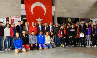 Mehmet Akif, sporcu kimliği ile anıldı