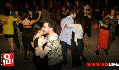Tangoya gönül veren dans tutkunları Marmaris'te düzenlenen özel gecede bir araya geldiler.