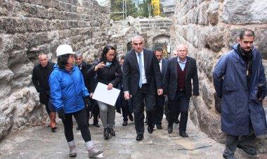 Turizm Bakanı Ersoy, müjdeleri ardı ardına verdi